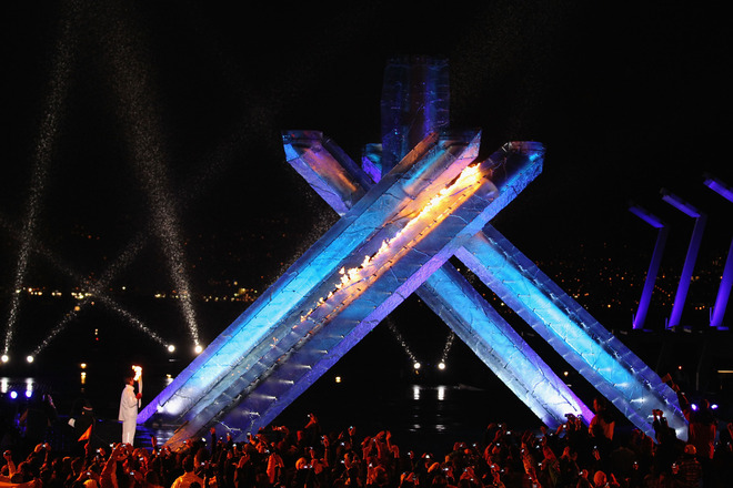 2010 xxi winter olympic games torch lighting pictures