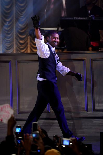 Usher Performs Abc Good Morning America F0kg6xf80pjl