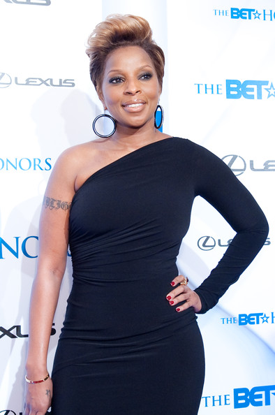 00- 2010+BET+Honors+Arrivals+MARY J BLIGE