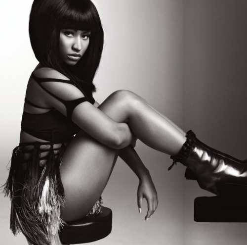 nicki-minaj-v-magazine-photo-shoot-3
