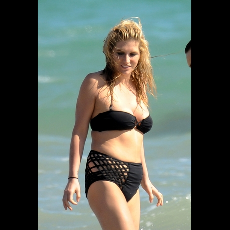 kesha bathing suit pic. A one-piece athing suit would