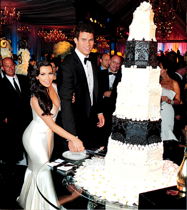 Super Sneak Peek: Kim Kardashian's Fairy Tale Wedding [Video] |