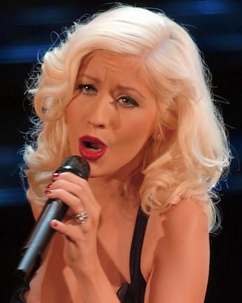 Christina_Aguilera_Sanremo_cropped