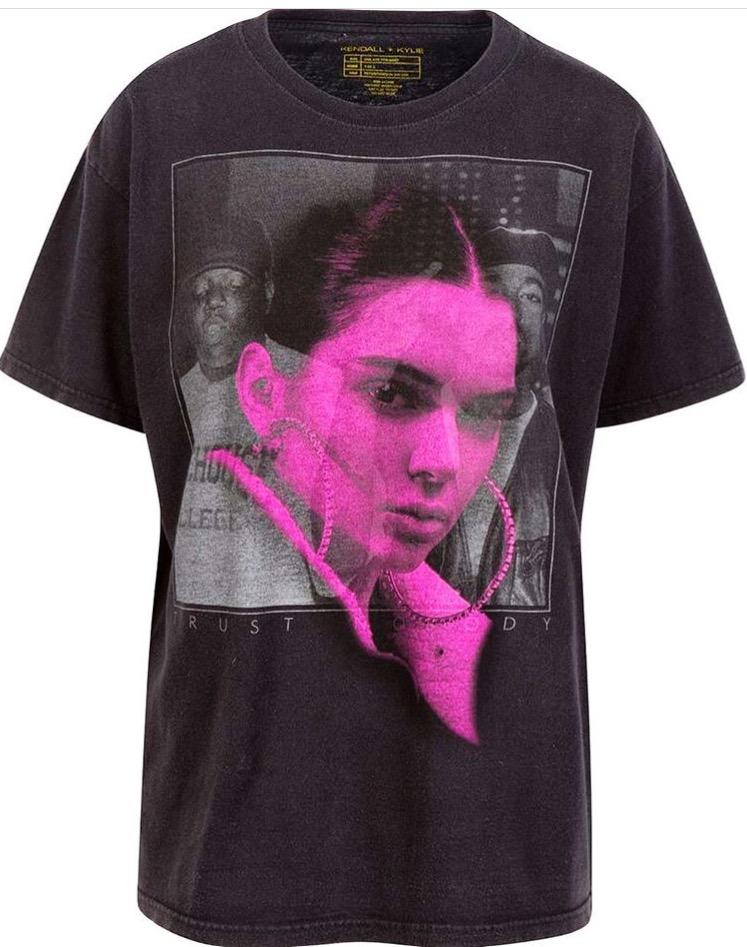Kendall kylie jenner pull vintage t shirt line following for Kendall and kylie vintage t shirts